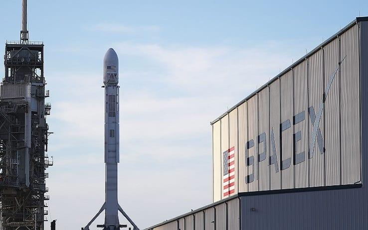 SpaceX, lanciati altri 60 satelliti S...