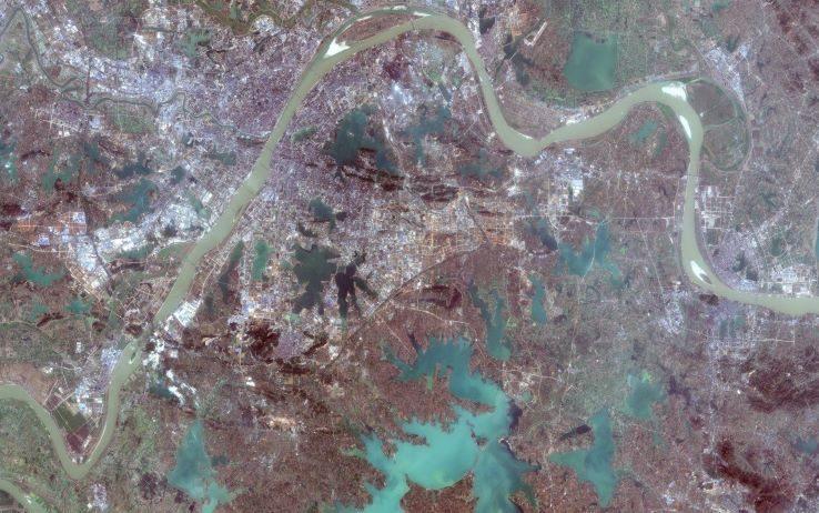 Coronavirus, Wuhan è un deserto nelle...