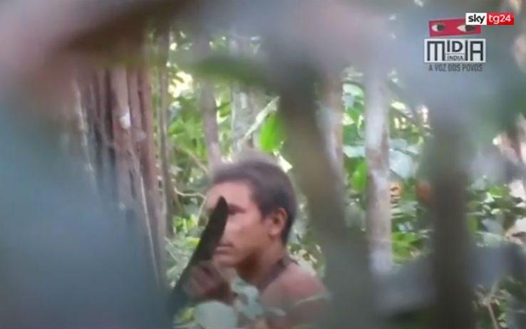 Amazzonia, i segreti della tribù che ...