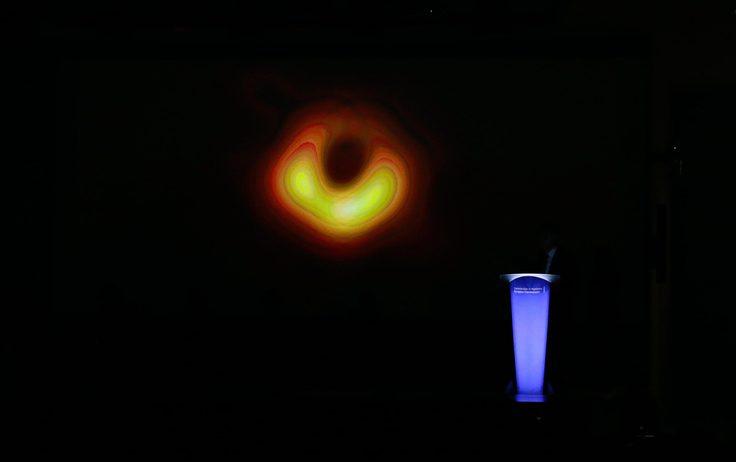 Il primo buco nero, la foto. Ecco lo scatto del millennio